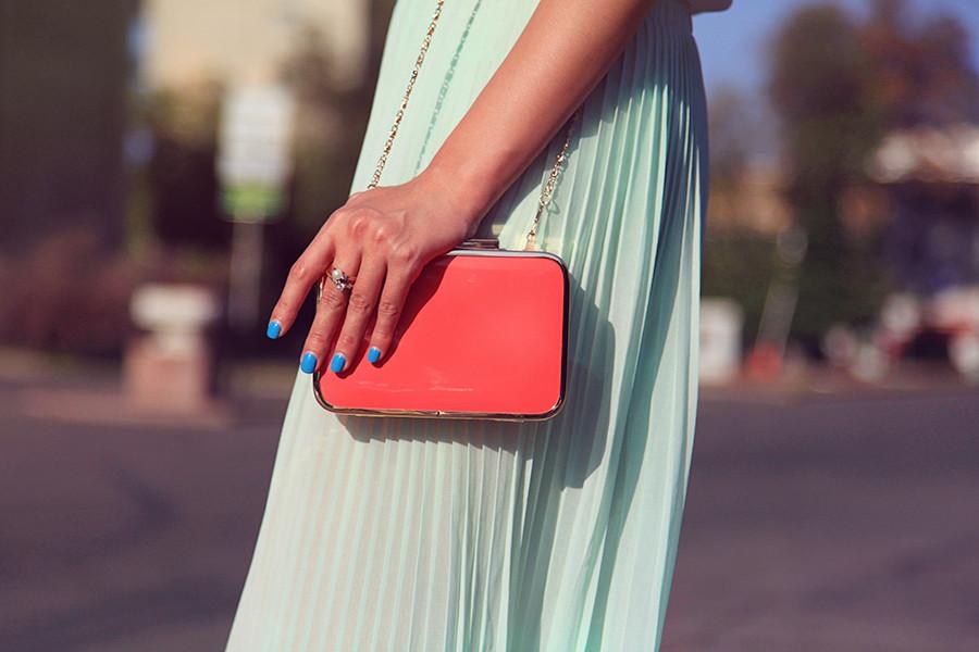 Картинки по запросу красную сумку с чем носить